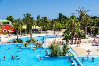 Holiday villages in Camping Sunissim L'Oasis