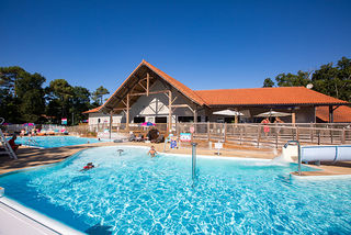 Apartment holiday in Camping Village Siblu Le Domaine de Soulac