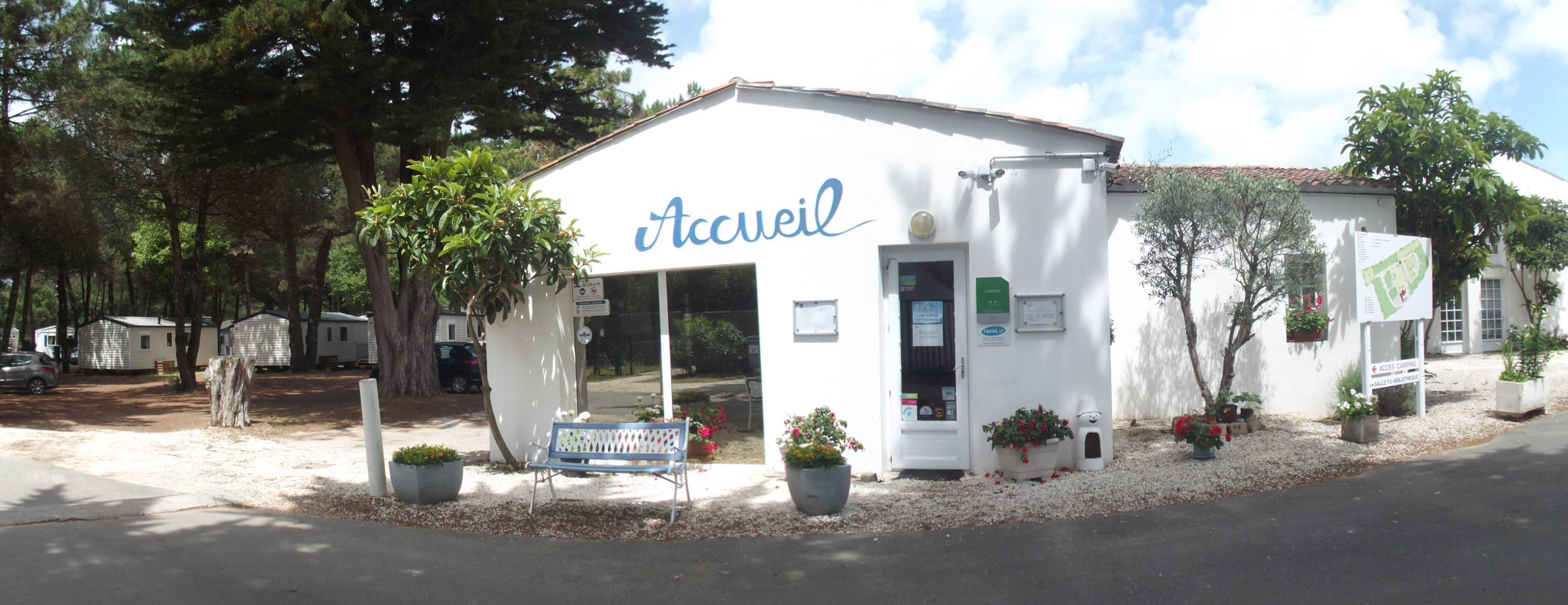Holiday villages in Camping Les Maraises