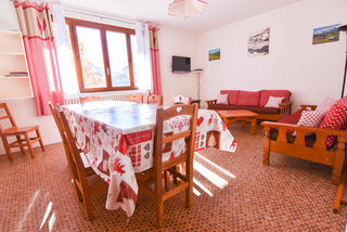Apartment holiday in Chalet Lu Crepon